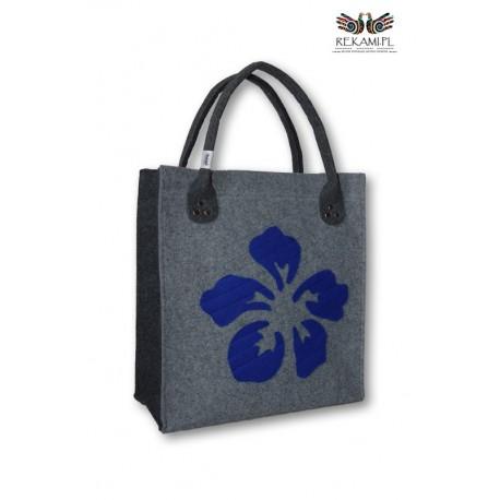Torba filcowa z dużym, niebieskim kwiatem